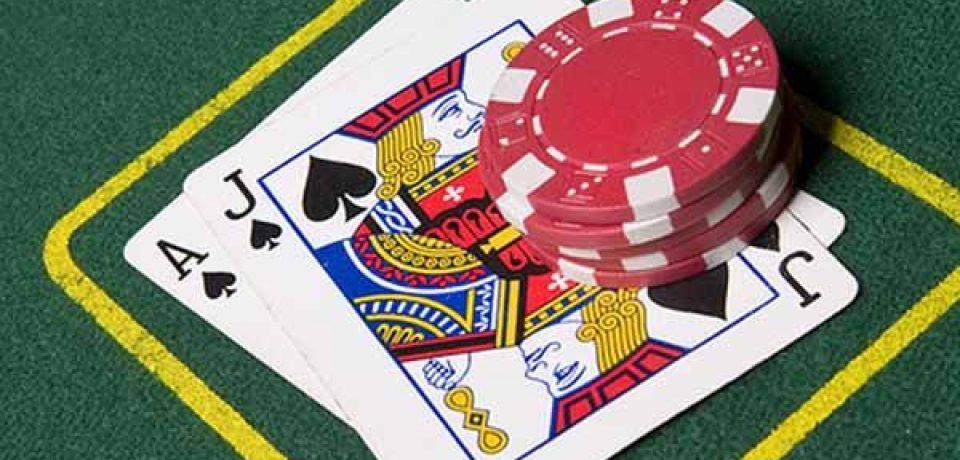Enjoy the gambling through online
