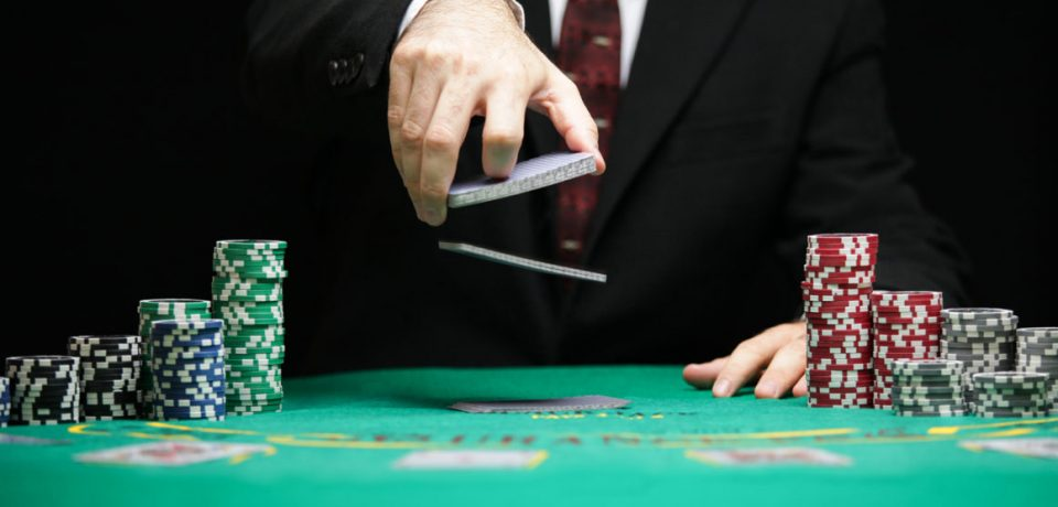 The ultimate poker playing tips for beginners