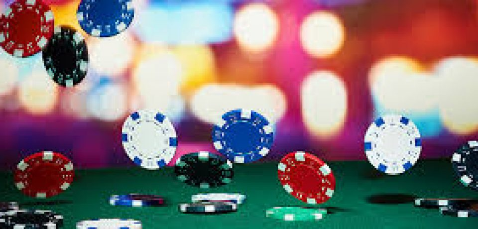 How various online casinos embrace players